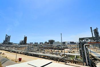 The refinery in Mina Ahmadi.