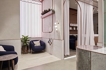The layout takes into consideration elements of privacy within the ladies-only salon.