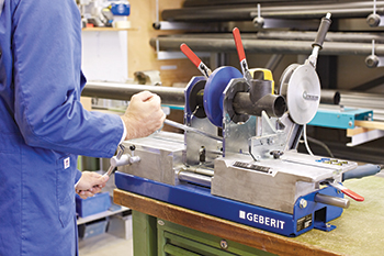 Geberit butt welding machine ... compact and robust.