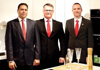 Alno officials at the new Dubai branch.