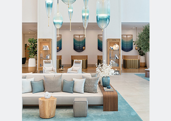 The light colour palette is a base for the marina-influenced turquoise hues.
