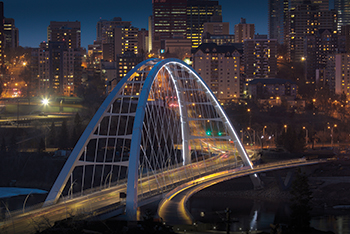 One of the challenges in bridge construction is to develop techniques that guarantee safer and durable structures.