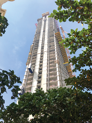 Palm Tower ... under construction.