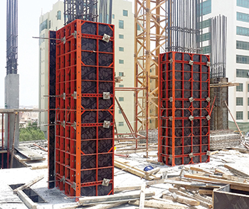 Both square and rectangular column cross-sections can be built easily with the adjustable Modular column formwork.