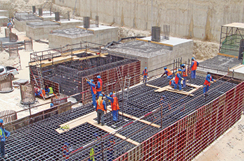 Modular formwork from Paschal ... proven universal formwork for systematic formwork. RIGHT: TTR ... one of the best and most reliable circular formwork construction on the market.