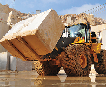 A Volvo L350F wheel loader at Yuce Maden's Bilecik quarry.