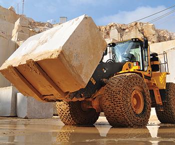 A Volvo L350F wheel loader at Yuce Maden's Bilecik quarry.