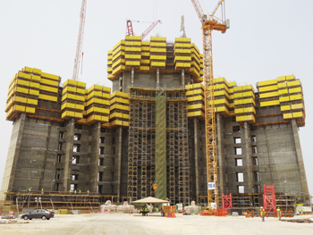 The Kingdom Tower ... central core at Level 13 and wing walls now at Level Six.