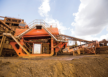 AggMax logwasher on an iron ore mining project.