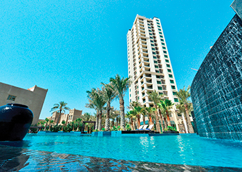 Lagoona Beach Luxury Resort & Spa Residences ... comprises 100 apartments.