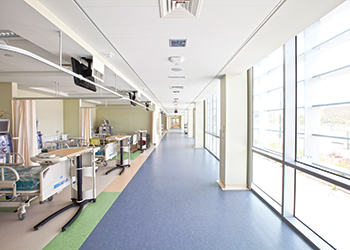 Ceilings installed in the hospital corridor.