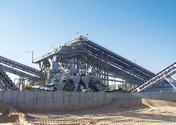 CDE plants at QPMC ... supplying approximately 33,000 tonnes of washed sand every day.