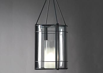 Delisle's Versailles lantern.