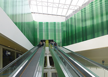 Ecoplaza mall in Mosquera, Columbia ... roof and walls built with Topgal.