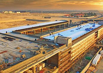 El Mercado Janabiya ... construction nears completion.