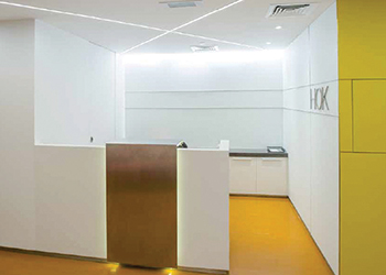 Philips' LED lighting used in the reception area of HOK's offices.
