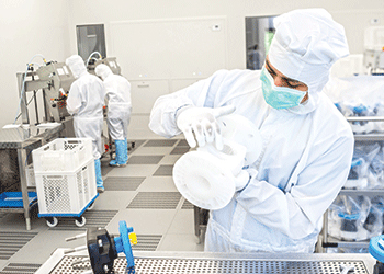 The cleanroom facility employs sophisticated hygiene concepts to ensures products are made to an ultra-high standard of cleanness.
