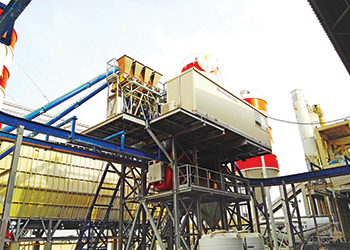 A high speed flying bucket loading station by MCT.