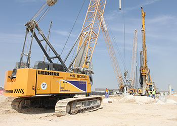 Liebherr cranes at work on the Dubai project.