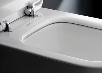 AquaBlade technology ... cleaner, quieter and smarter.