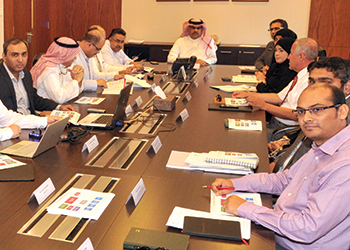 A meeting between MoW officials and the King Abdullah Medical City project consultants.