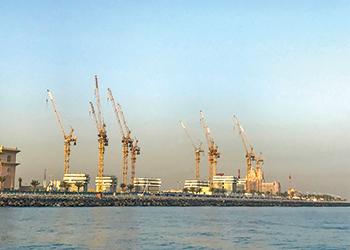 Potain cranes at the resort in Dubai.